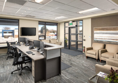 2-web_Front_desk_area