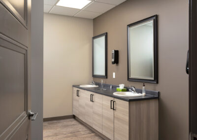web_6.Washroom